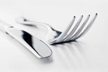 garfo e faca de prata
