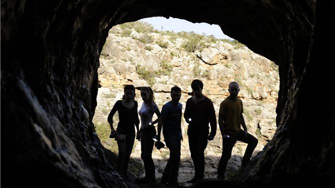 cena na caverna