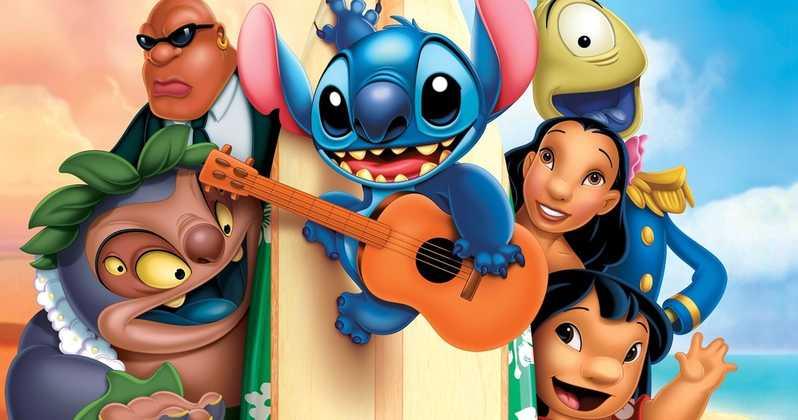 cena do filme lilo e stitich com todos os personagens principais do desenho animado