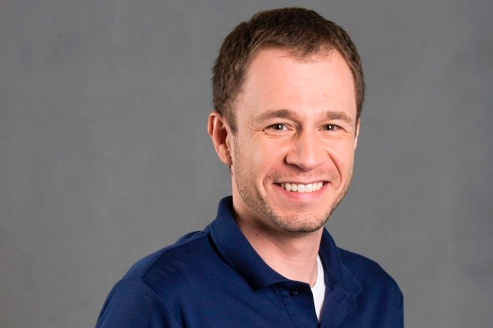foto do apresentador Tiago Leifert