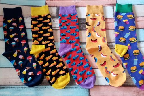 quatro tipos de meias coloridas