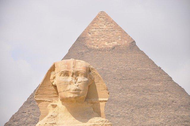 esfinge e piramide do egito