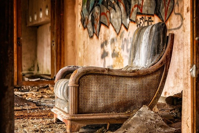casa abandonada suja